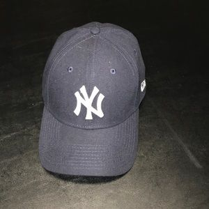 Yankees hat like new condition